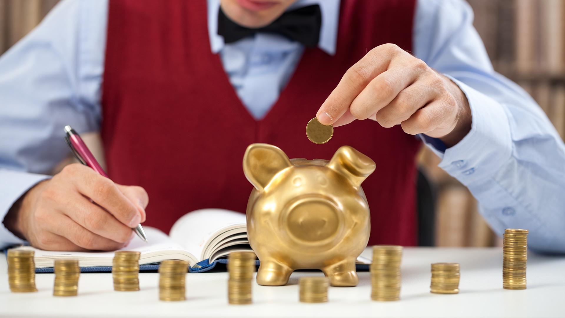 Почти 600 человек в Тверской области платят налог на профессиональный доход
